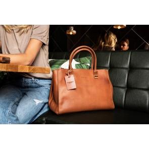 Burkely Leren Handtas Fundamentals Vintage Wieske 2 Zipper Cognac Lifestyle