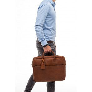 Burkely Max Vintage Business Shoulderbag Cognac 17 inch Model