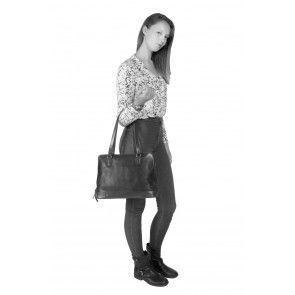 Chesterfield Flint Shoulderbag Large Black Model