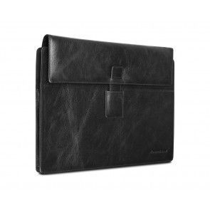 dbramante1928 Hellerup Leather Envelope Microsoft Surface Pro 3 Black schuin voorkant links