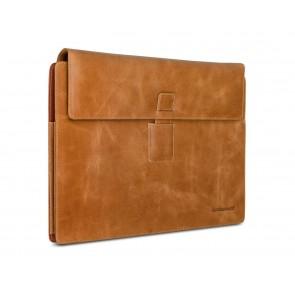 dbramante1928 Hellerup Leather Envelope Microsoft Surface Pro 3 Tan schuin voorkant links