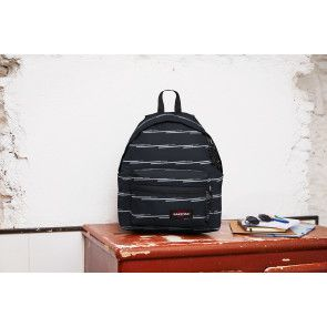 Eastpak Laptop Rugzak 13 inch Padded Zippl'r Chatty Lines Zwart Lifestyle