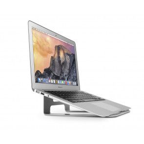 Twelve South ParcSlope met MacBook schuin